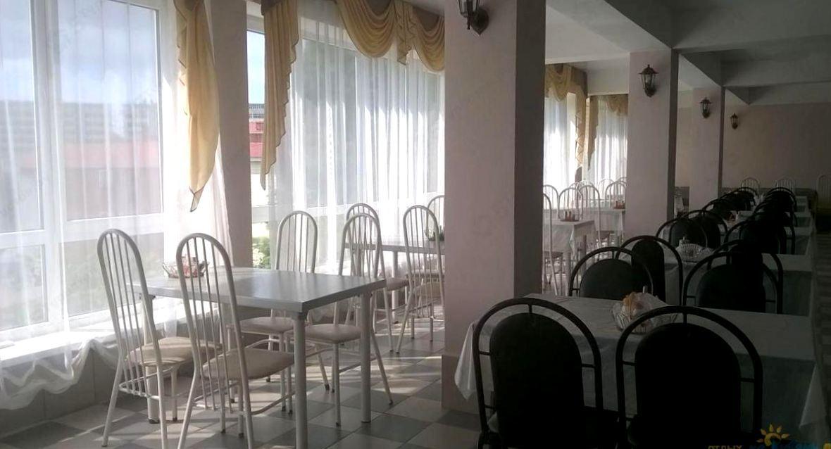 Кафе в отеле Дельфин, Лермонтово