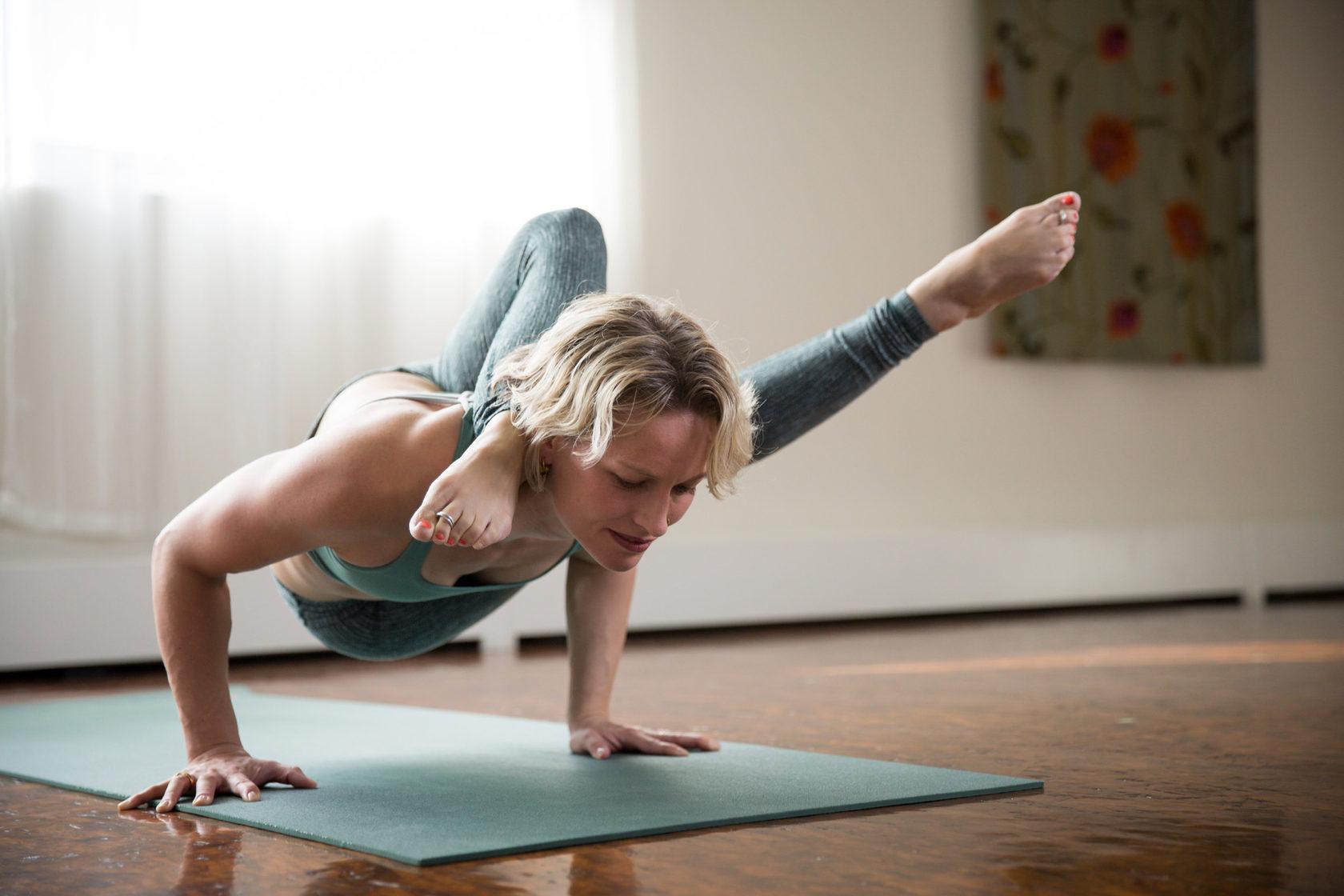 Лучший инструктор по йоге в Киеве