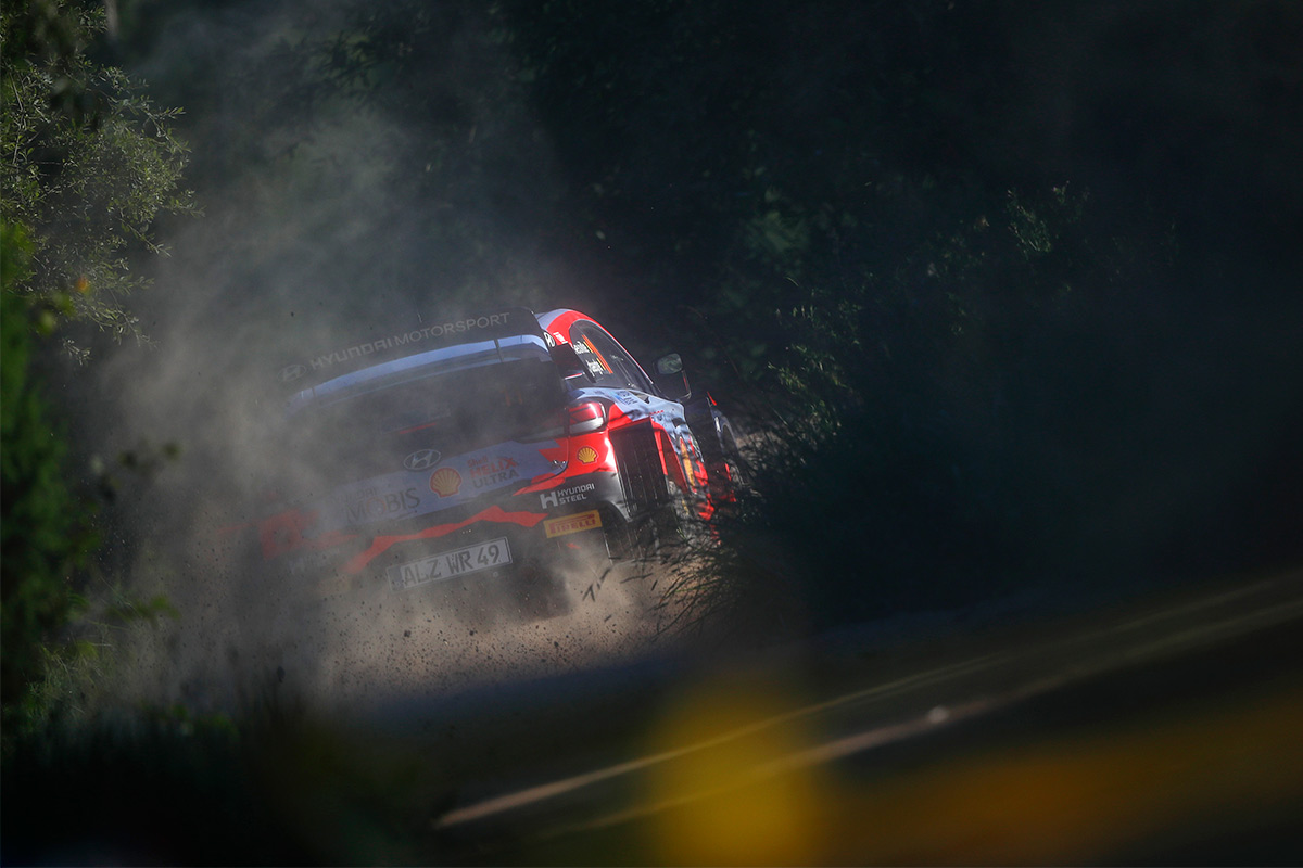Тьерри Невилль и Мартейн Видаге, Hyundai i20 Coupe WRC, ралли Эстония 2021