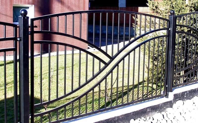 Сварной забор с рисунком