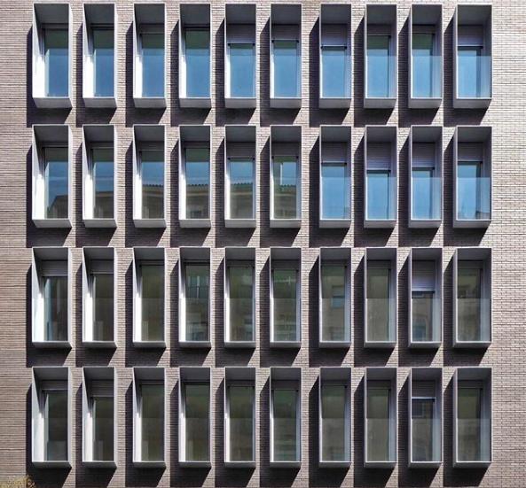 professional architect Roc Isern