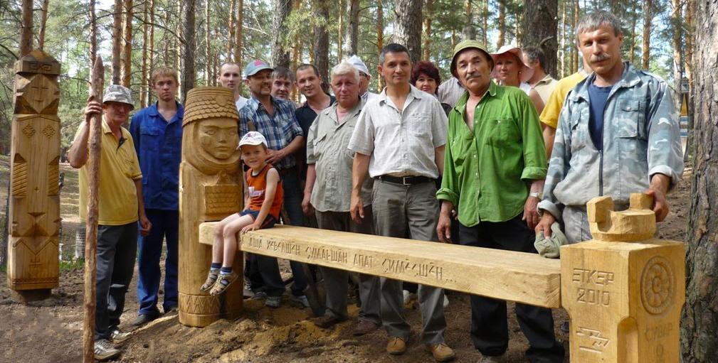 Скульпторы изваяний в парке «Сувар»