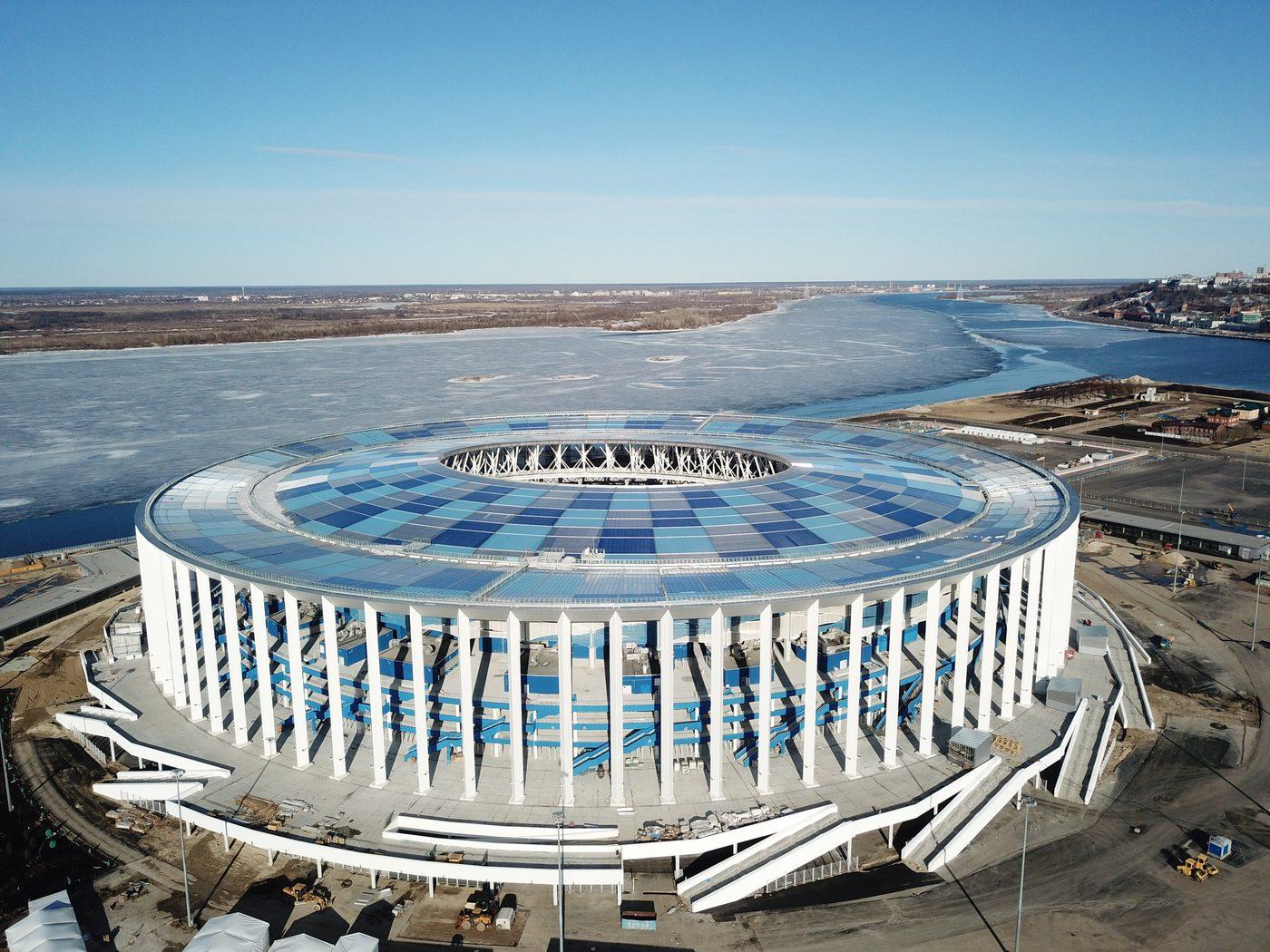 перевозки техники стадион нижний новгород фото человек