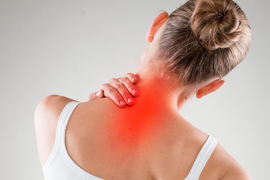болит спина и шея