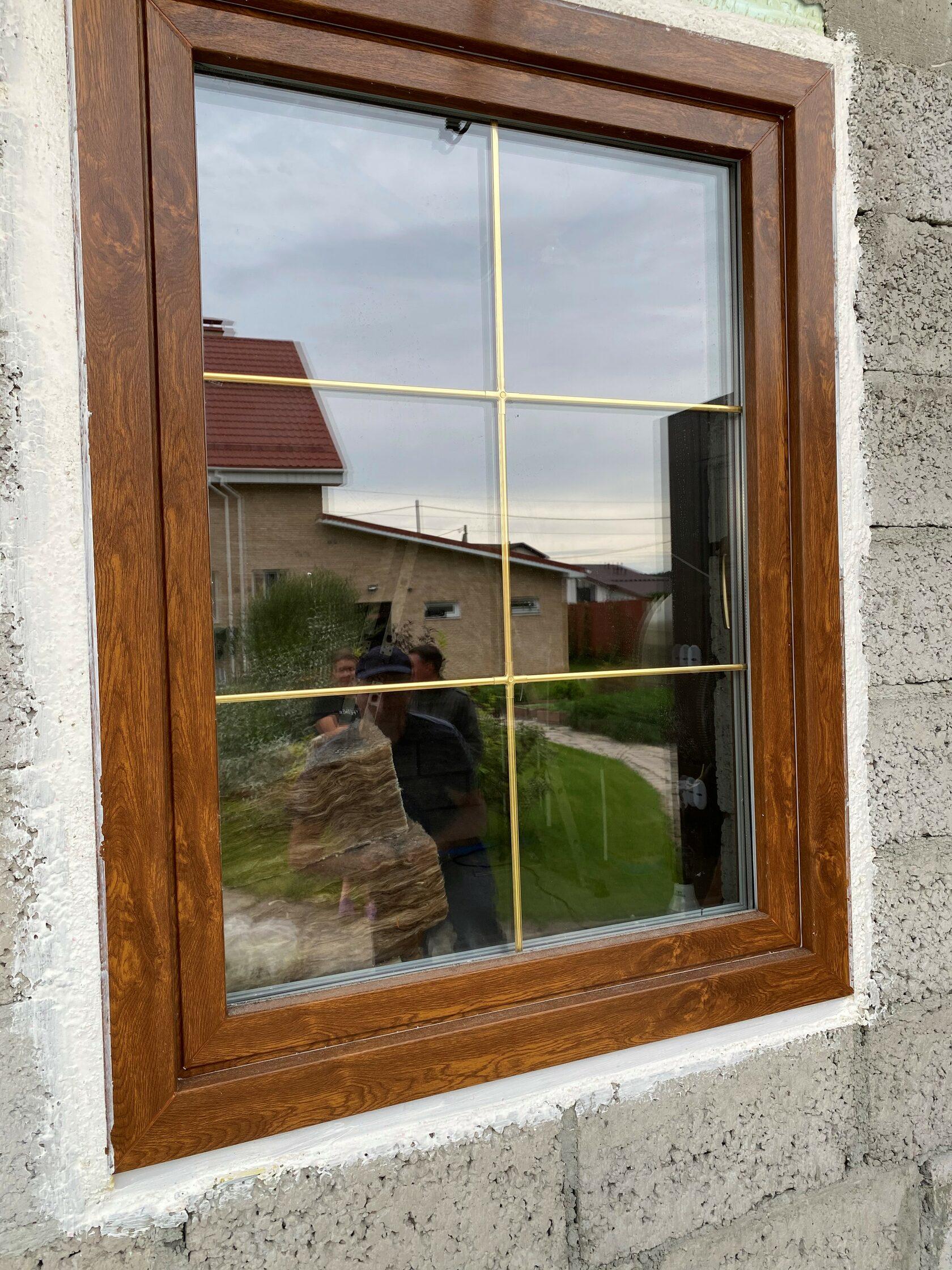 Ламинация Золотой дуб, Комфортное окно, Фальшпереплет