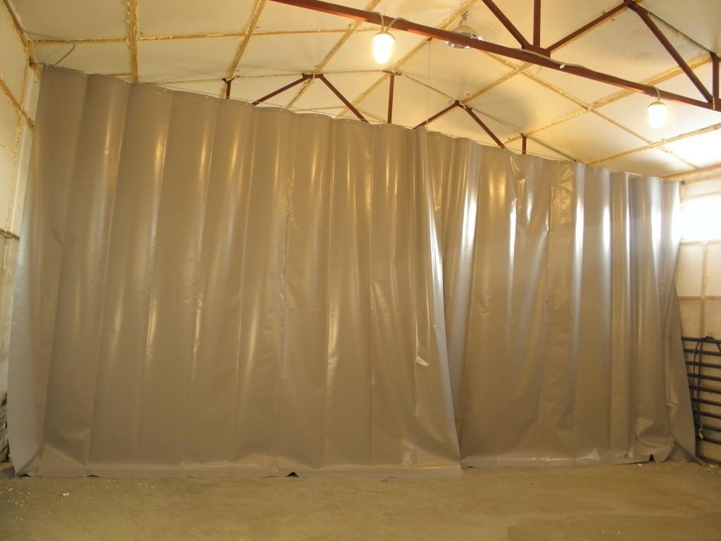 Производим промышленные шторы для автомоек, СТО, складов и иных коммерческих помещений - быстро и качественно компания БАТ https://bat-co.ru/