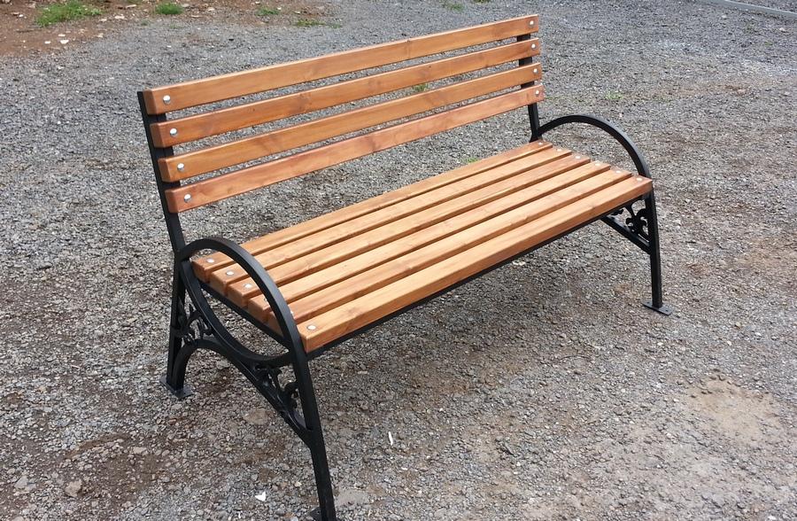 скамейки из железа картинки