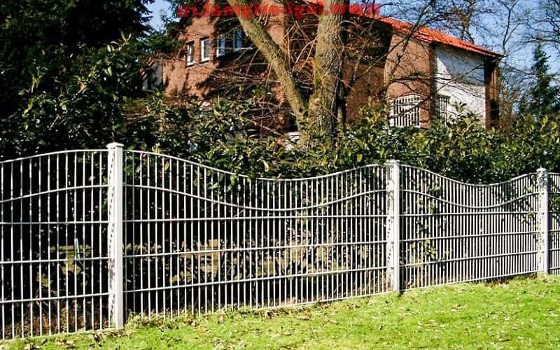 Сварной забор с волнистым краем