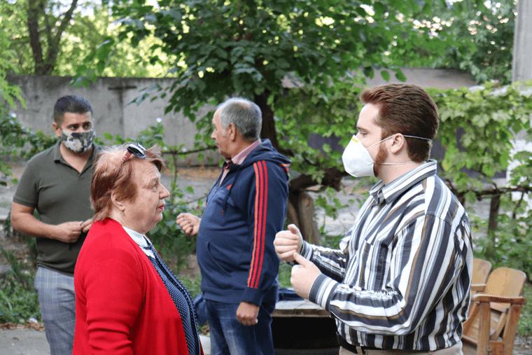 Партия Шария Николаев встреча с горожанами - фото