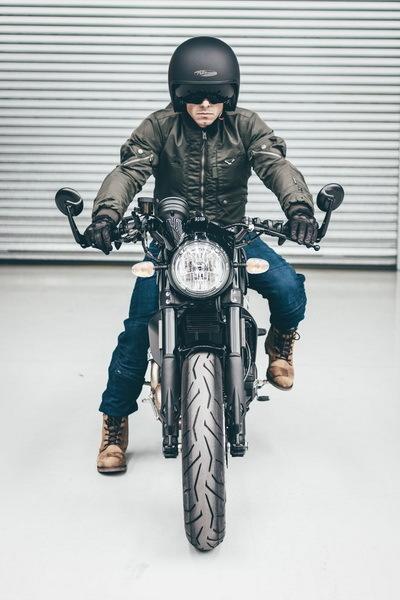 Мотоджинсы и мотокуртка Macna