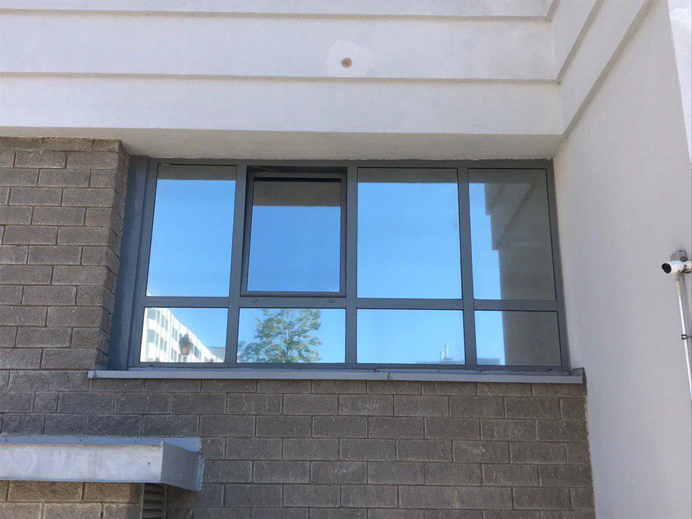 Зеркальная тонировка балкона