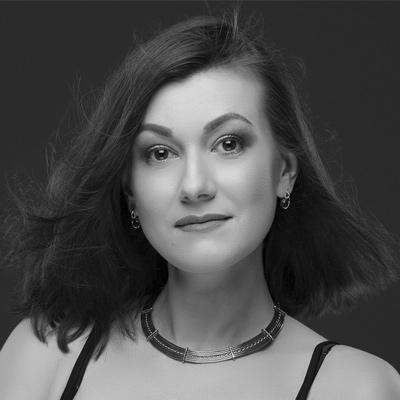 Olena Zanichkovska