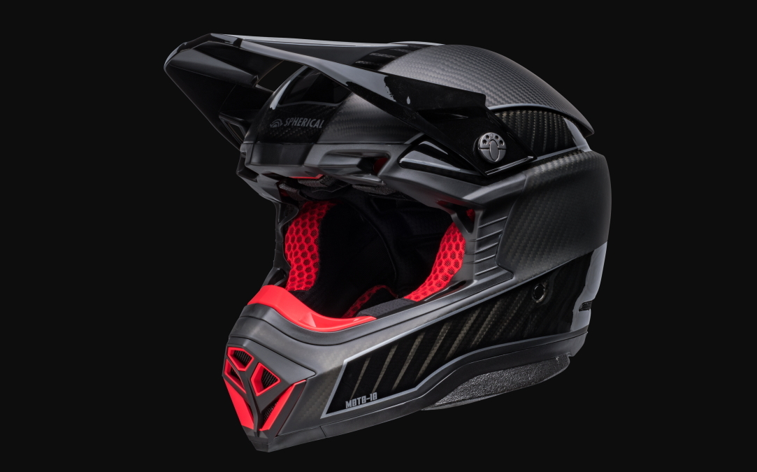 Новости индустрии: Компания Bell представила новую модель шлема Moto 10 Spherical LE