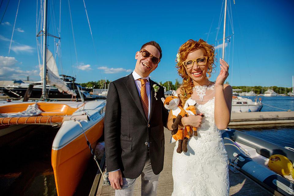 Свадебное фото в яхт-клубе в Санкт-Петербурге