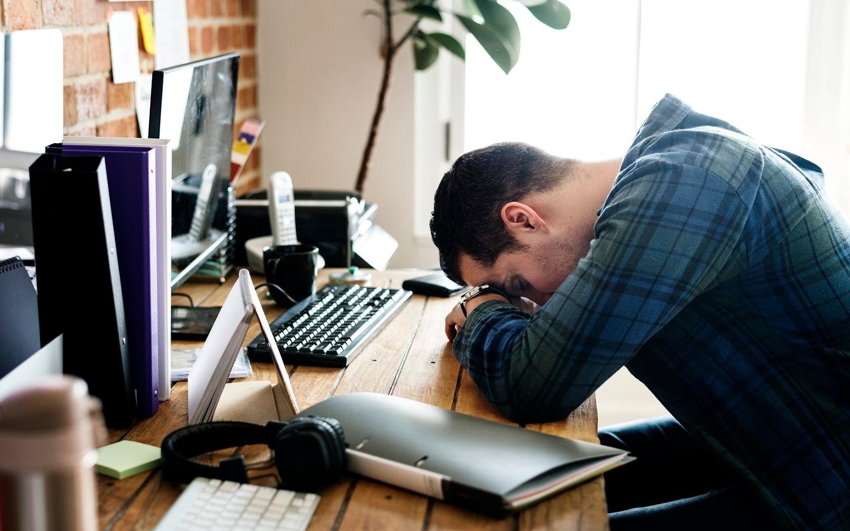 также усталый человек фото результате реформы советских