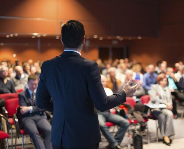Как можно продавать на бизнес-конференциях