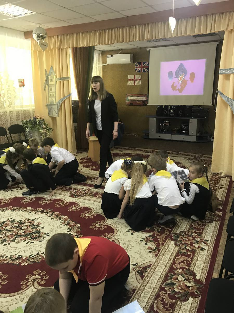 Прогимназия Идеал частный детский сад и начальная школа в Саратове День Победы 2019