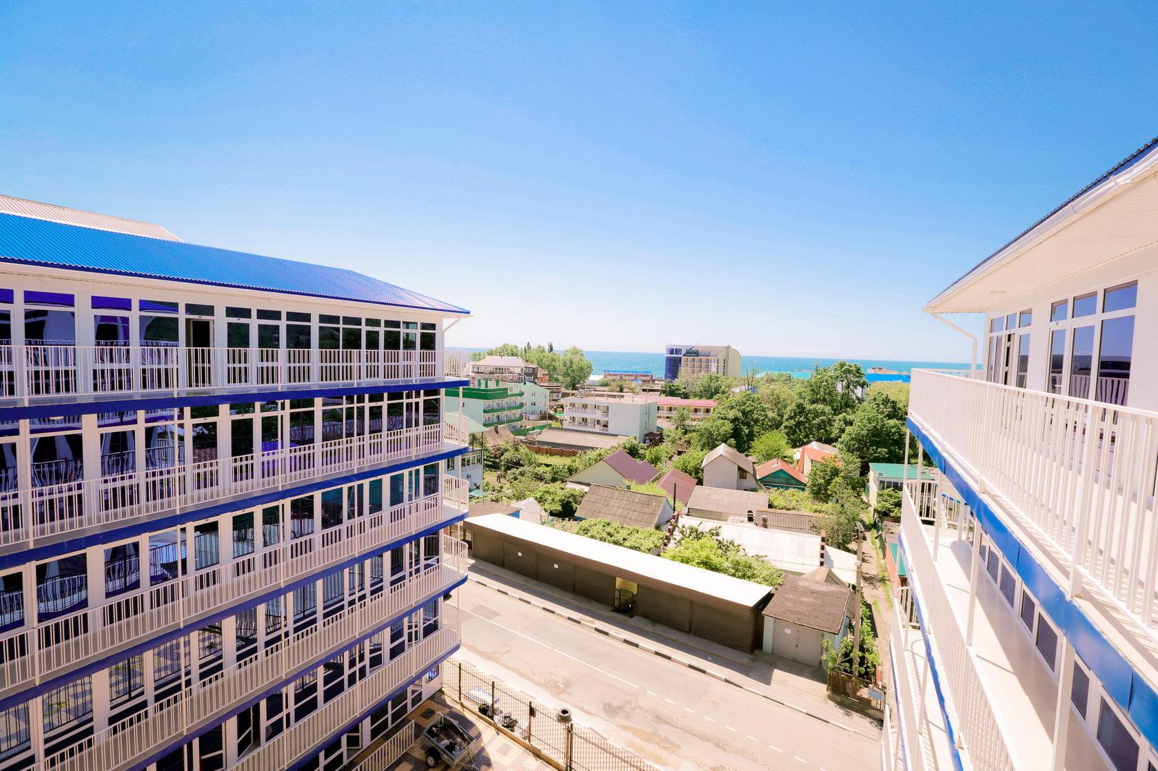 Вид из отеля Марсель в Лермонтово