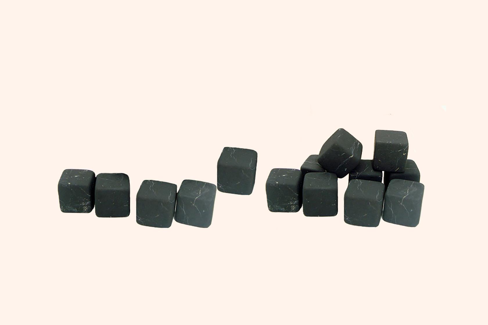 Шунгітові камені