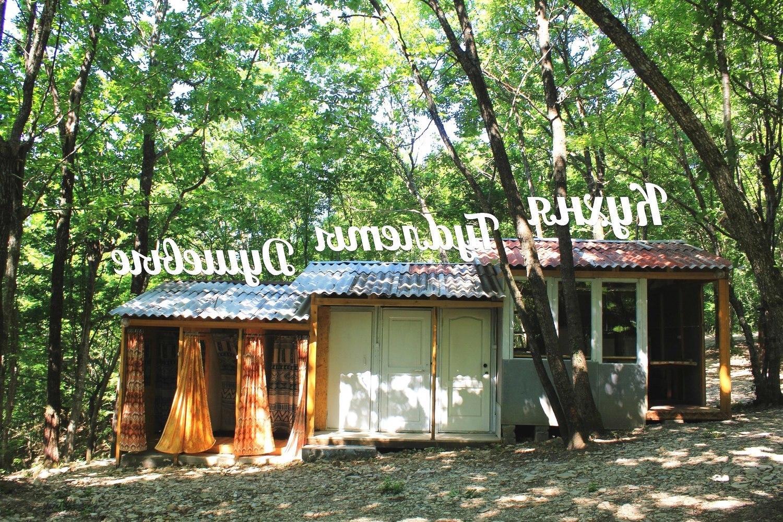 Душевые, туалеты, кухня в кемпинге Кубанец, Лермонтово