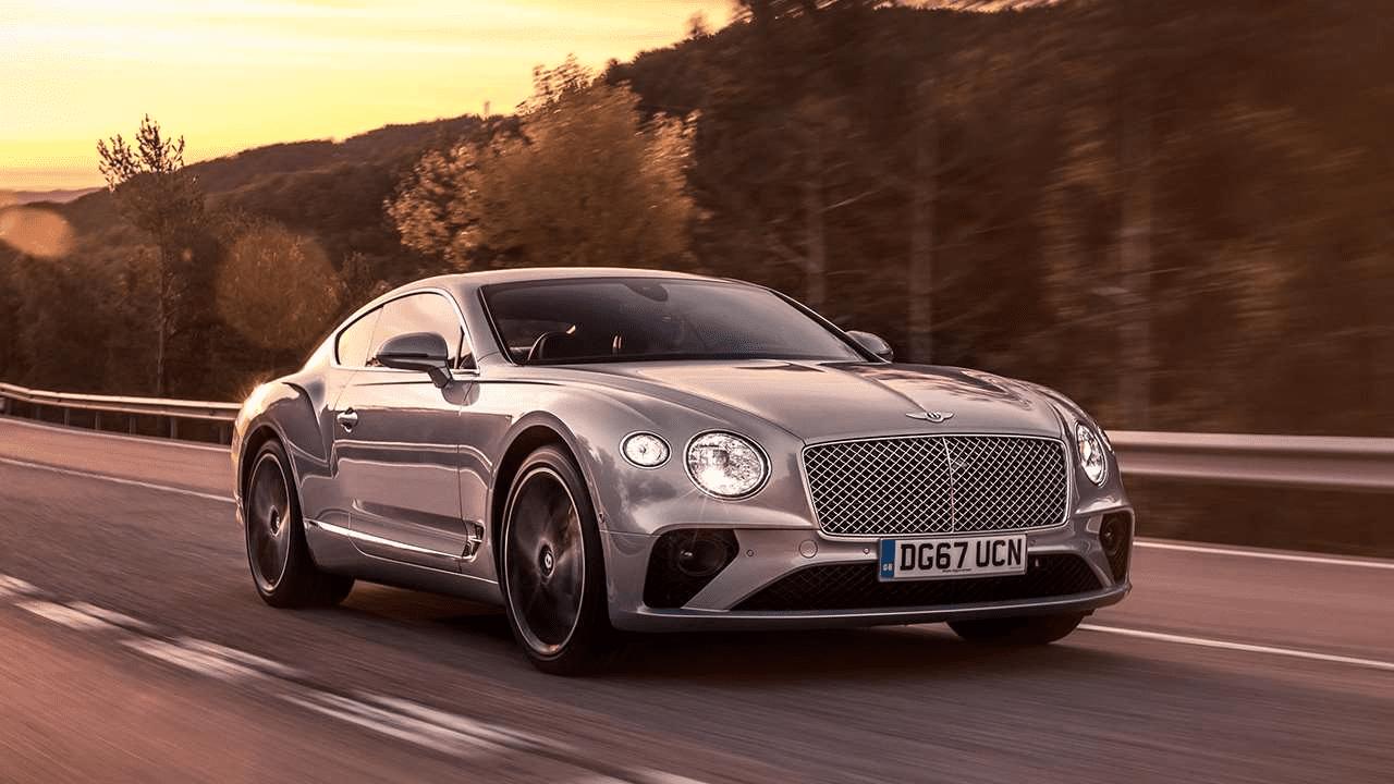 Третье поколение Bentley Continental GT, о котором и поговорим.