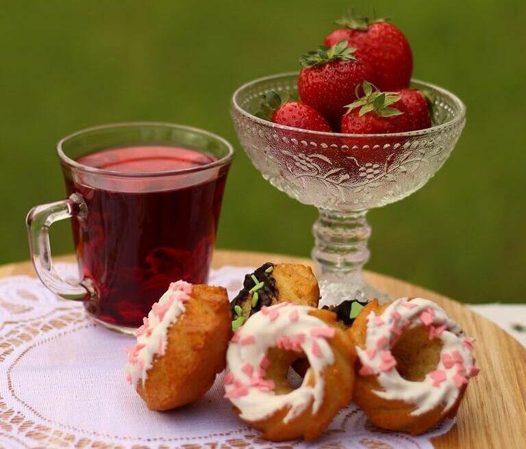 полуниця фото , десерт , кондитерські вироби Рівне , кекси фото , малина , кондитер