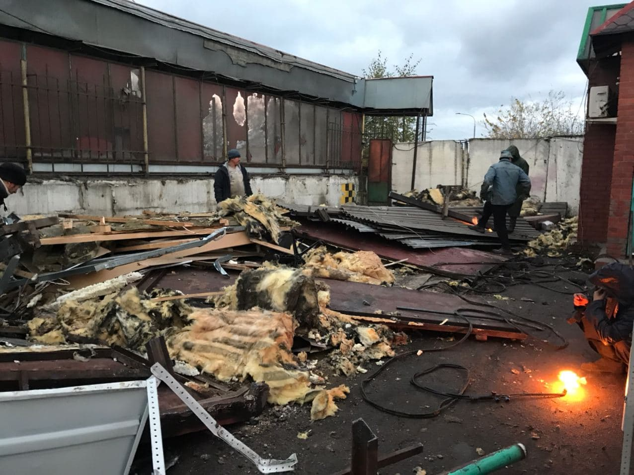 Демонтаж на территории района Дегунино в Москве