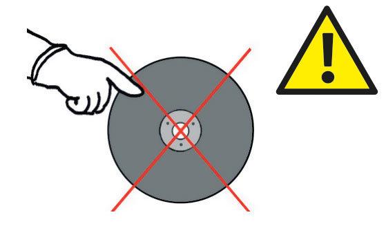 Не используйте лезвие без маркировки EN 12413.