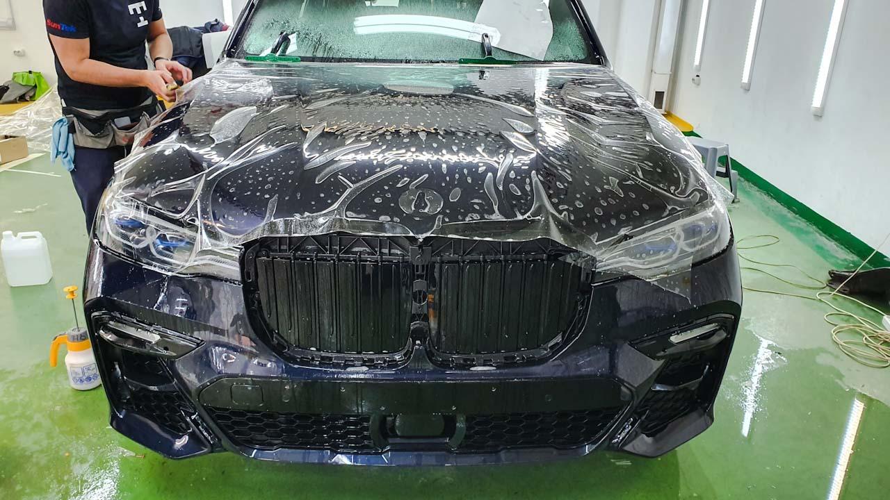 оклейка капот BMW X7