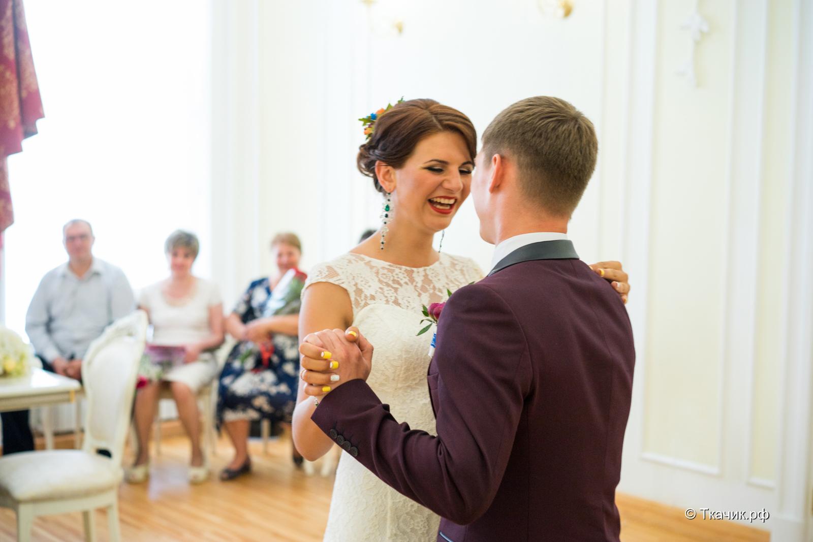 красивый отзыв фотографу на свадьбе необычным хорошо