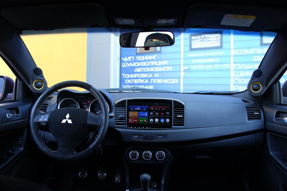 интерьер с автозвуком салон лансер 10