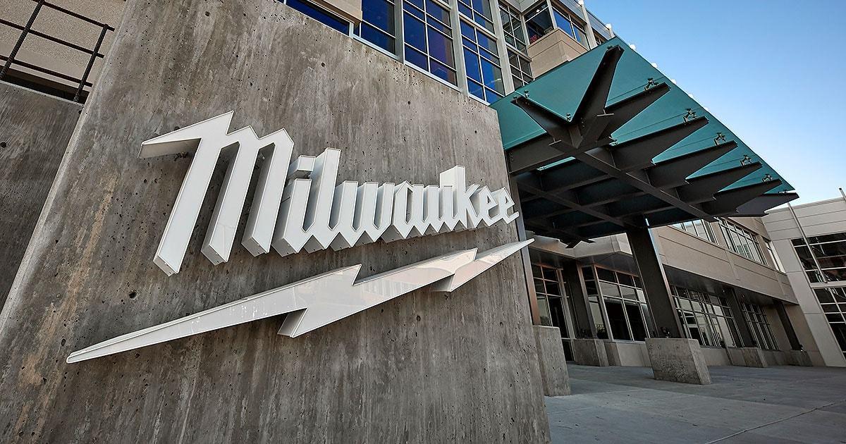 Milwaukee станет спонсором британской серии MX National в 2021 году