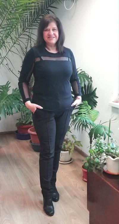 Черен панталон и блуза от Ефреа