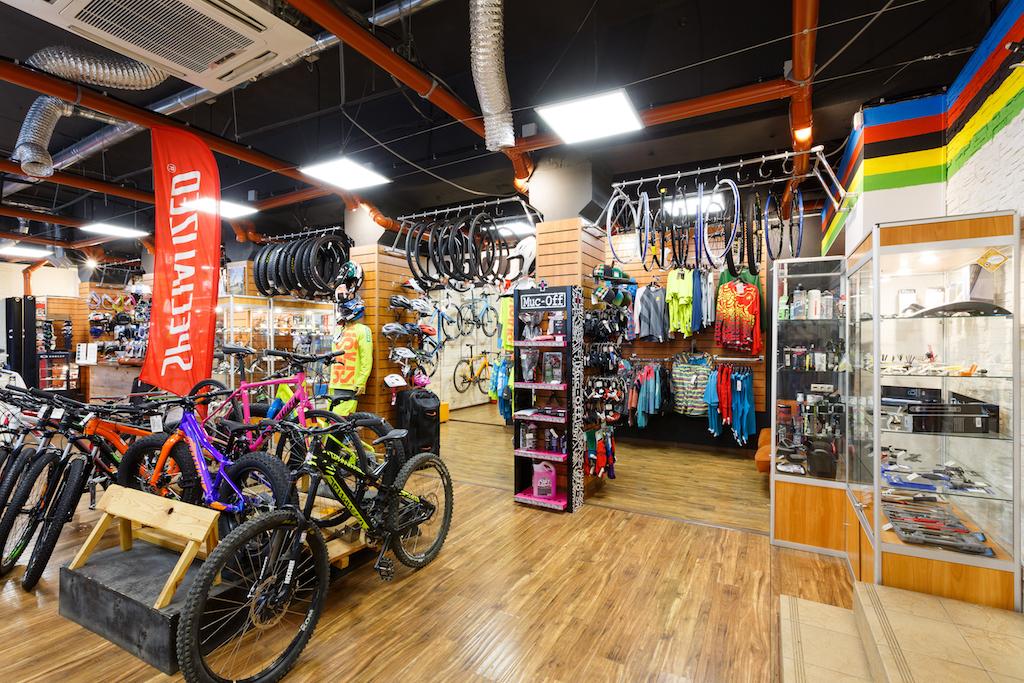 магазины велозапчастей в москве лошади-голштины, теплокровные датские