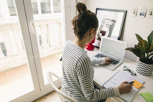 Удаленная работа на дому бухгалтер в москве вакансии удаленная работа веб-аналитик