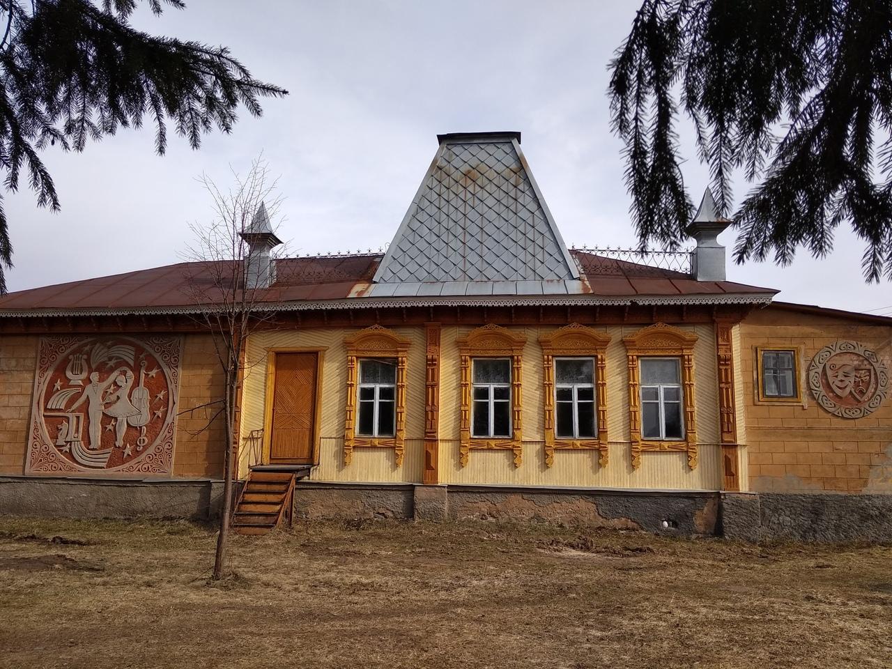 Дом культуры села Чернцы Лежневского района Ивановской области