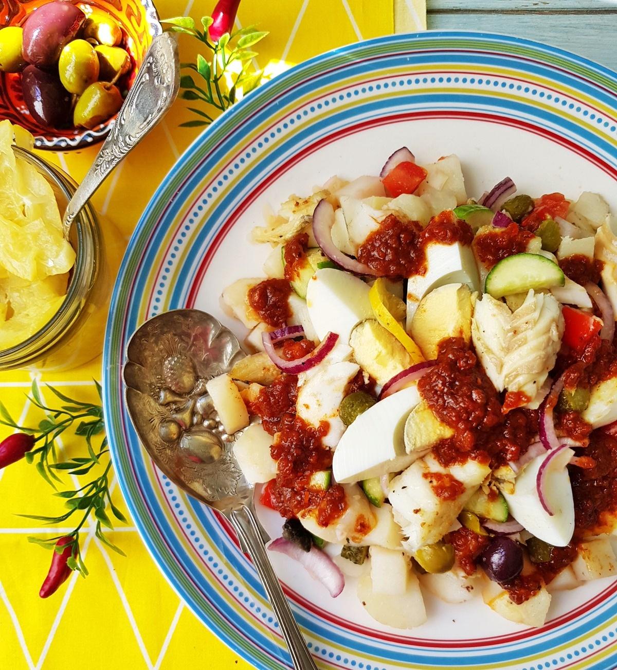 Салат с картошкой, рыбой и оливками. Фото рецепт. Вкусный Израиль.