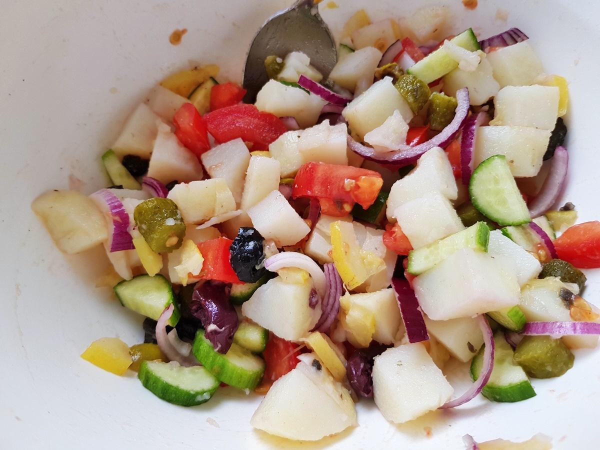 Картофельный салат с рыбой по-тунисски. Вкусный Израиль.