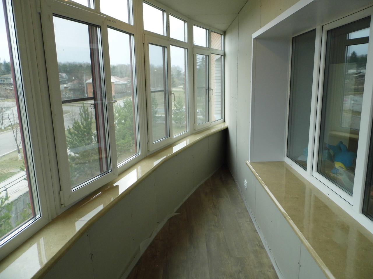 Остекление, утепление и отделка балконов под ключ в апрелевк.