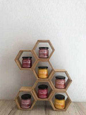 bišu šūnu plaukts, koka plaukts, saplākšņa mēbeles, mēbeles no saplākšņa, virtuves skapītis, virtuves plaukts, dizaina mēbeles