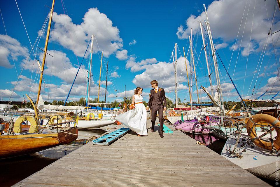 Петровская коса, яхт-клуб, свадебная фотосессия
