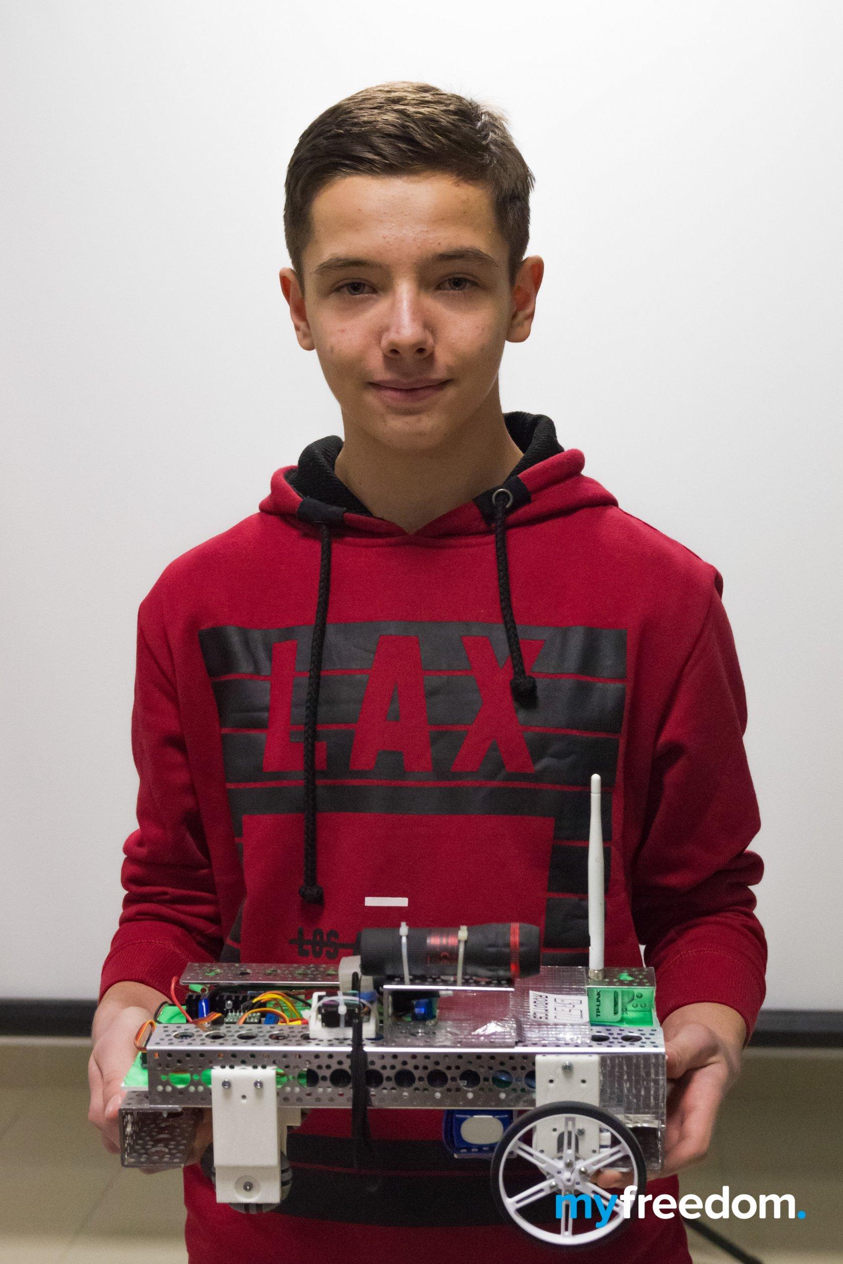 Роман Черняк - победитель соревнований по робототехнике на конференции Pro.IT в Бресте Myfreedom