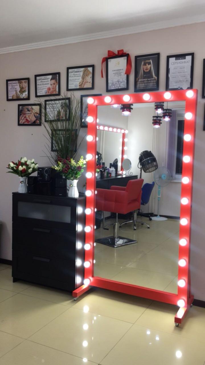 Гримерное зеркало рама мдф красный выключатель справа провод 2 метра