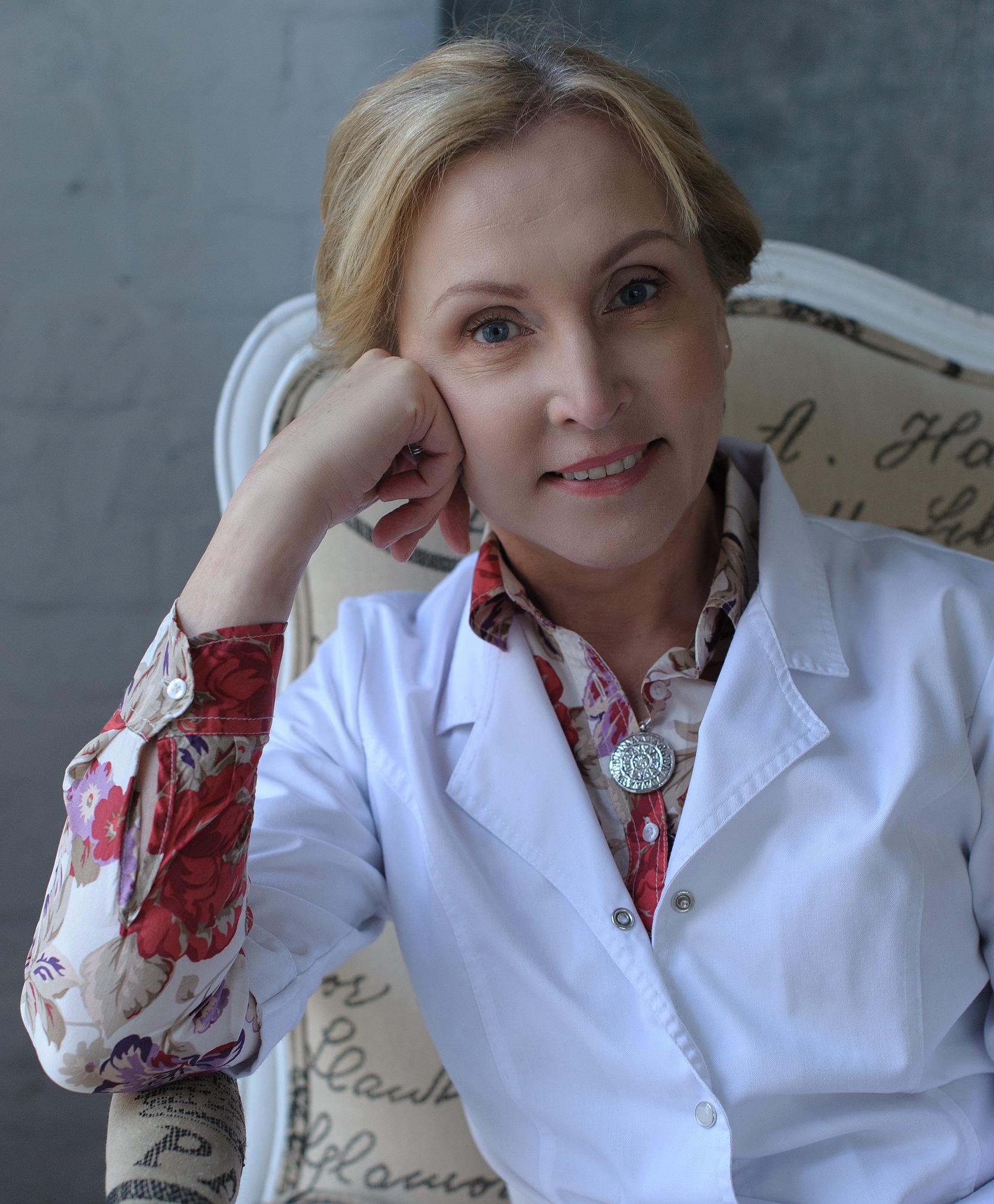 йогатерапевт, кандидат медицинских наук, врач акушер-гинеколог