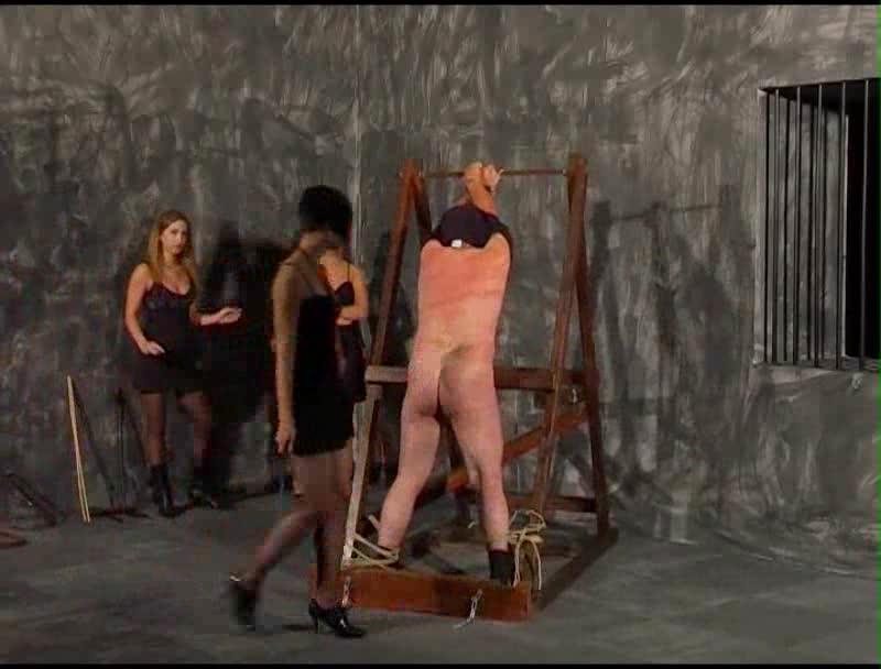 избиение раба госпожой фото