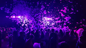 Пенная вечеринка, креативное решение, танцы в пене