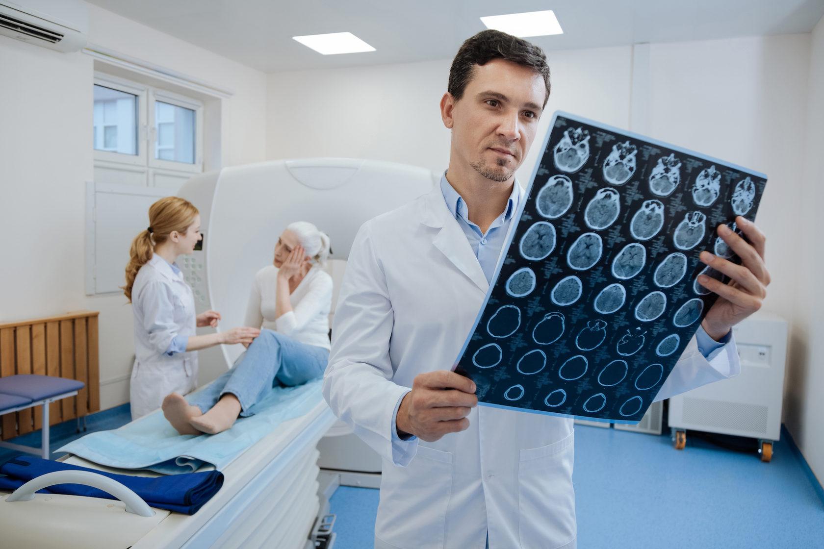 діагностика пухлин головного мозку