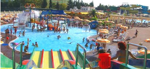 Аквапарк Черномор на курорте Лермонтово