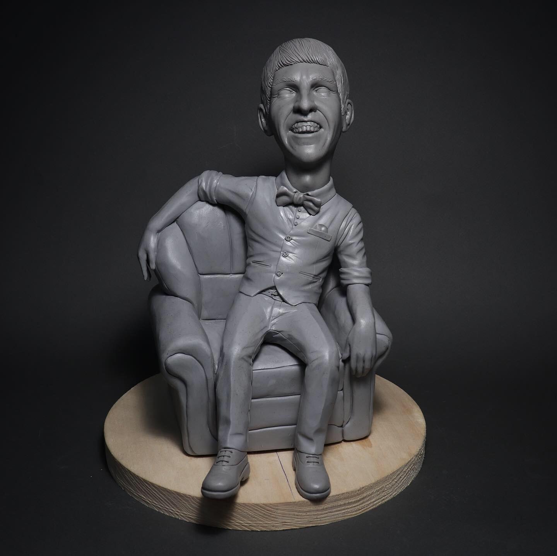 Акриловая статуэтка по фото