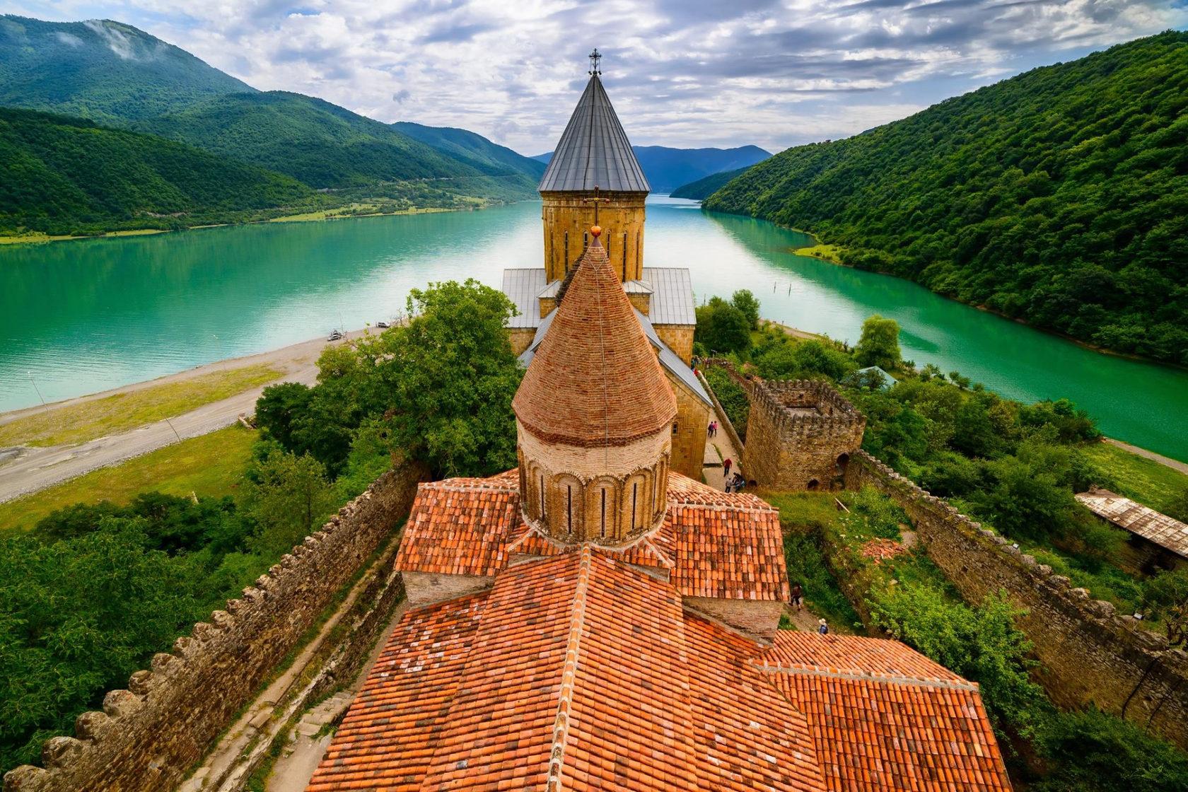 Грузия и Армения с выездом из Саратова